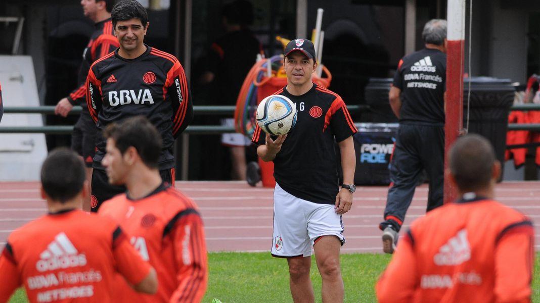 El equipo de Marcelo Gallardo buscaría el pase a la final en el estadio Martearena.