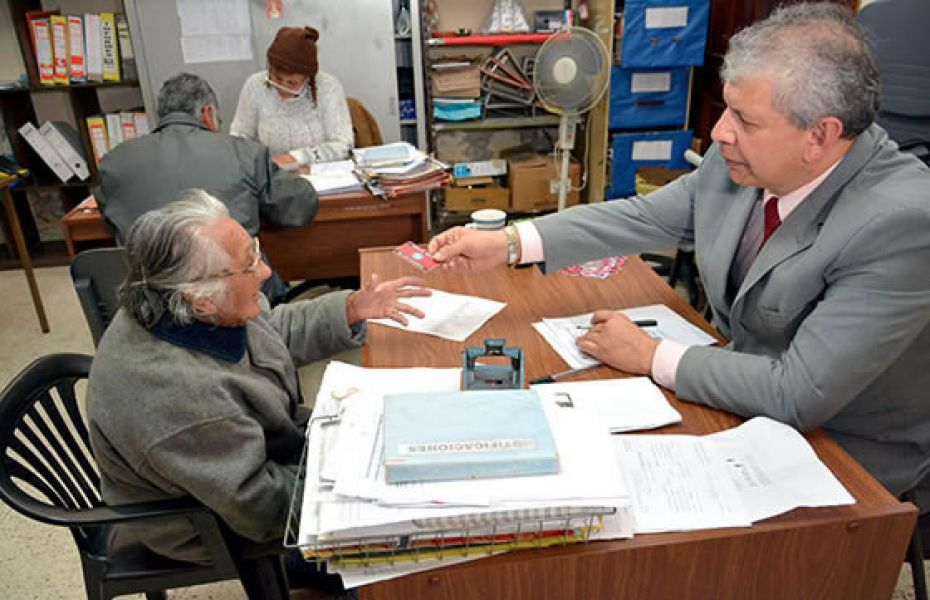 Ayuda para los adultos mayores de tartagal