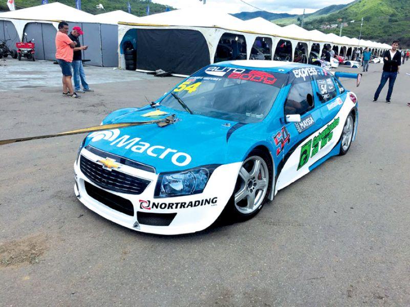 Top Race Junior: Marcos Urtubey quedó a 5 centésimas del líder ...