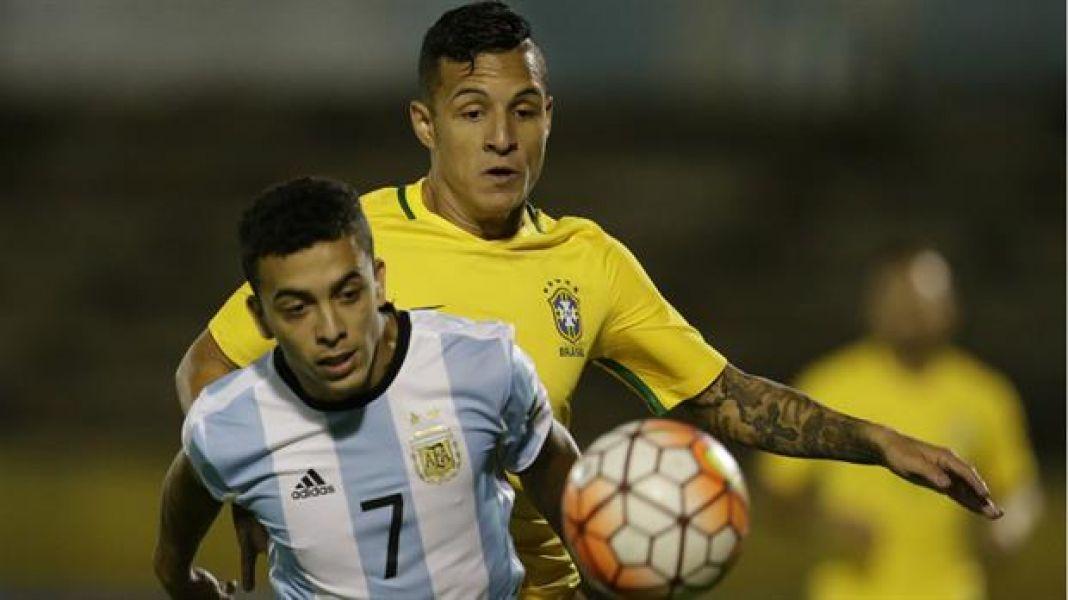 La selección sufrió más de  la cuenta para empatar con su archirrival sudamericano. Ninguno merecía ganar.