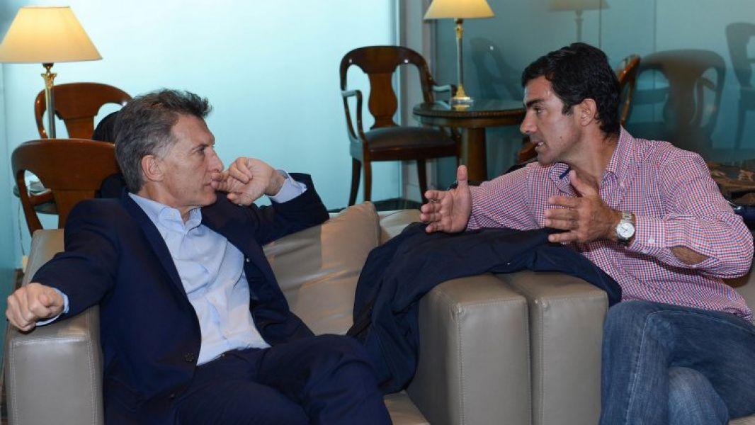 El gobernador salteño se manifestó en contra del pedido de juicio político a Macri de algunos legisladores de PJ.