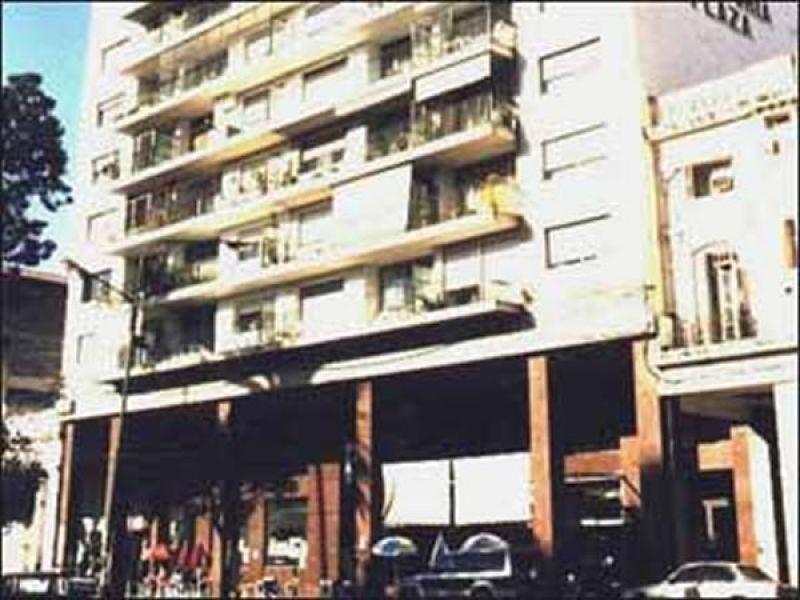 Fortuny fue asesinado en el '73, en el bar sobre la vereda de la calle Zuviría casi esquina Caseros, el edificio del hotel Victoria Plaza.
