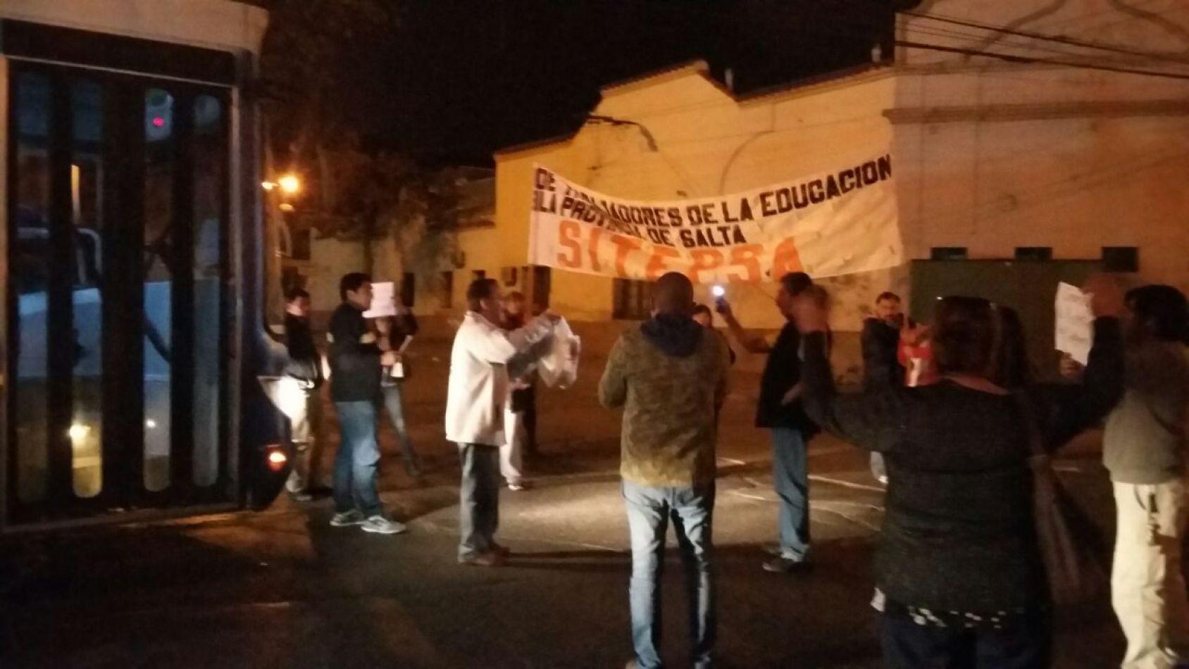 Los docentes afiliados a SiTEPSa rechazaron la oferta salarial