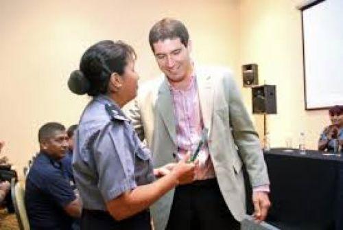 El ministro Carlos Oliver, citado por Diputados para informar.