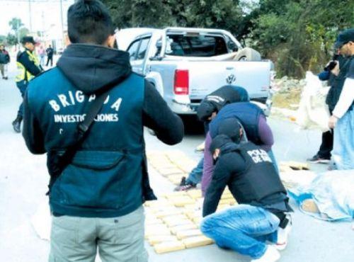 La policía encontró 173 ladrillos de marihuana con un peso equivalente a los 150 kilos aproximadamente.
