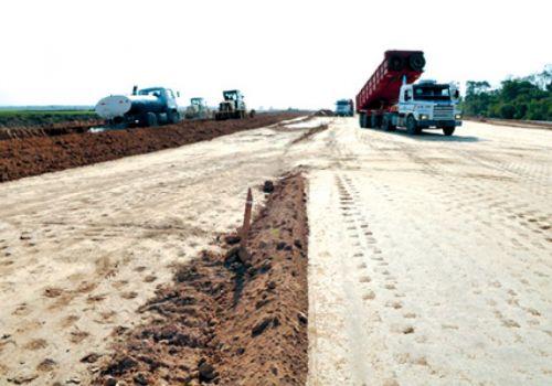 La autopista Pichanal-Orán genera conflictos en Hipólito Yrigoyen.