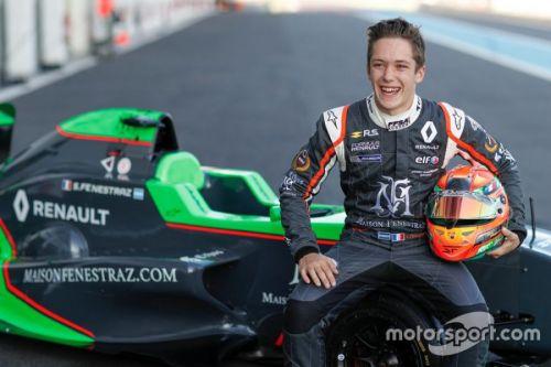 Sacha Fenestraz, ¿se acerca a la Fórmula Uno?
