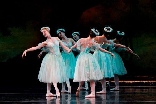 """""""La Sylphide"""" ballet en dos actos subirá a escena por primera vez con el Ballet de la Provincia y la Orquesta Sinfónica."""