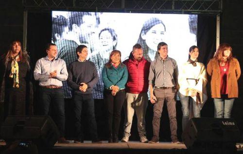 Candidatos del Frente Plural se encuentra de recorrida por el centro y distintos barrios.