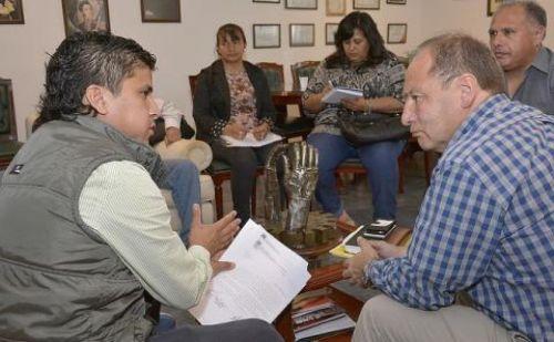 Ricardo Villada con concejales del departamento de General Güemes.