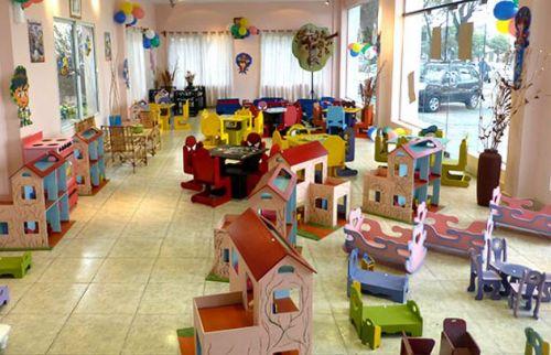 La sala de exposición y venta de juguetes para niños, trabajos fabricados por internos del Servicio Penitenciario.