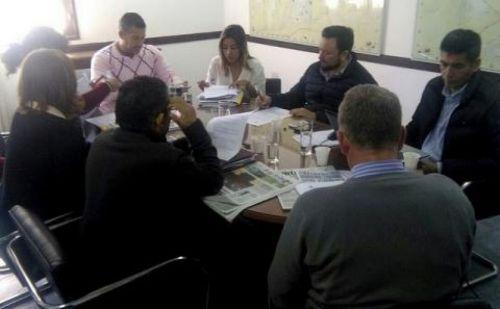 Reunión de la comisión de Obras Públicas y Urbanismo del CD para unificar los criterios para la construcción y/o reparación de las veredas.