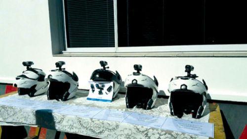 Los cascos de última generación con cámaras para que los inspectores motoristas recorran la ciudad detectando infracciones.