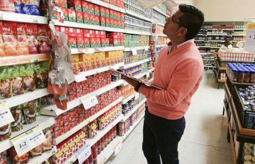 La Canasta Básica Alimentaria (CBA) reúne las necesidades kilocalóricas y proteicas imprescindible para esa familia tipo.