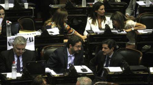 Los diputados nacionales en la busqueda de acuerdos por la reforma del impuesto a las ganancias