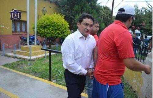 Esteban Ramos, hijo del Diputado Abel Ramos, es llevado detenido.