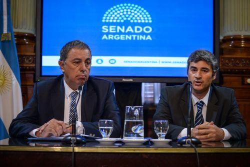 La Comisión de Acuerdos del Senado recibió a Carlos Martínez Frugoni.