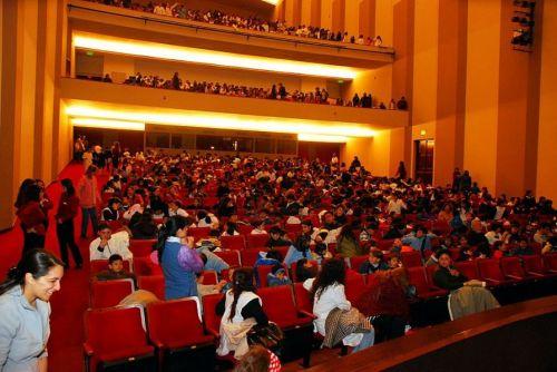 Es bienvenido para los artistas salteños el aniversario del Teatro Provincial.