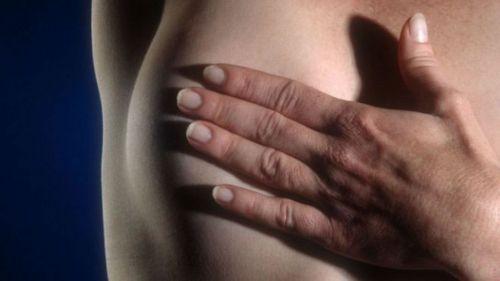 Hay varias señales que indican la aparición del cáncer de mama.