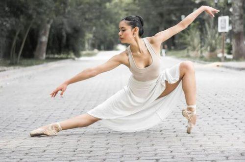 La bailarina Guadalupe Nuñez le envió una sentida carta a Urtubey que no leyó y la giró al Ministerio de Turismo y Cultura.