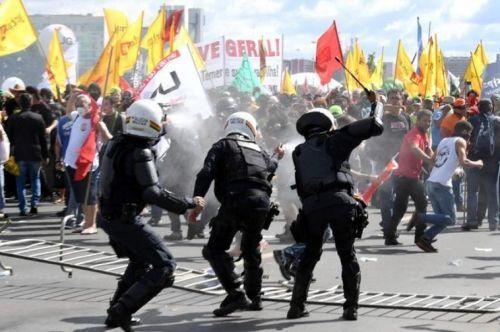 Las protestas son múltiples e incesantes, pidiendo la renuncia de Michel Temer.