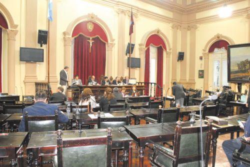 El Senado aprobó una declaración pidiendo la reparación de una ruta que vincula Güemes con Jujuy.