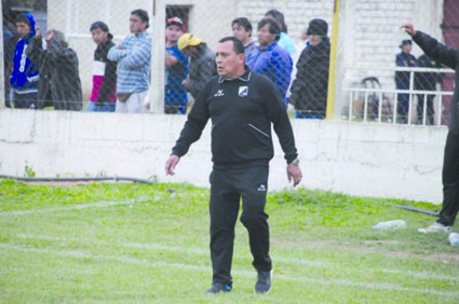 Pedro Rioja ya encontró el equipo. Tiene todo listo.