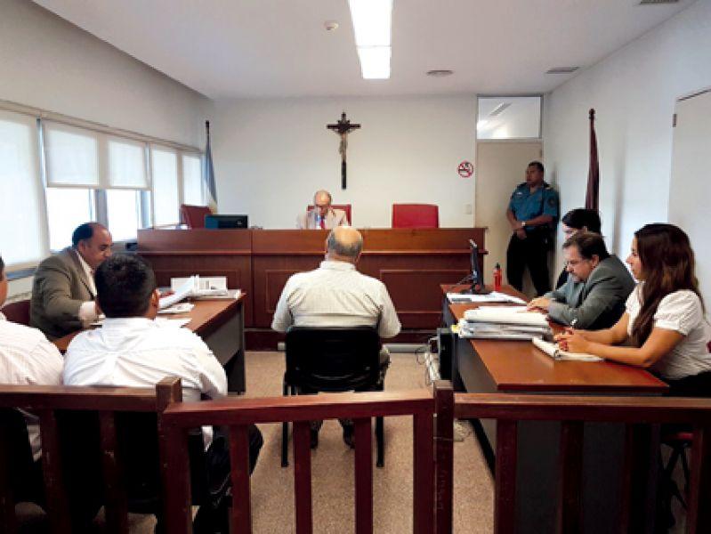 Los hechos ocurrieron en junio de 2013 en la Comisaría de San Ignacio.