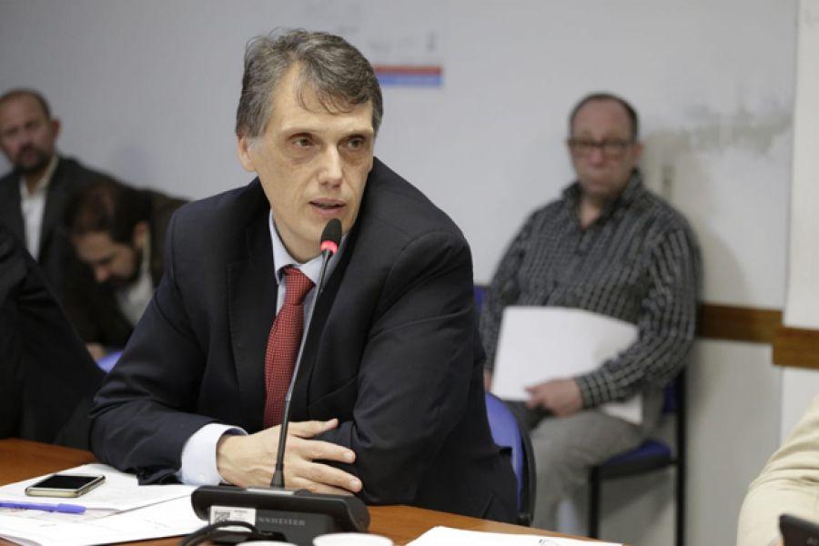 """El Diputado Pablo Kosiner afirma que en el tema del gas """"están usando la tasa de interés más alta de los últimos tiempos""""."""