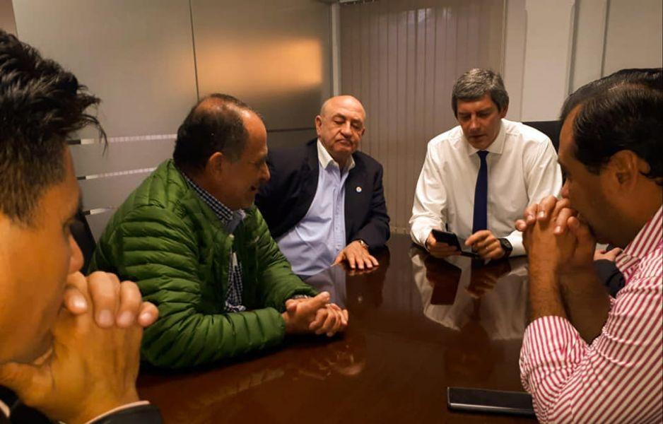Lapad junto a los intendentes de Rivadavia con Fernando Yarade.