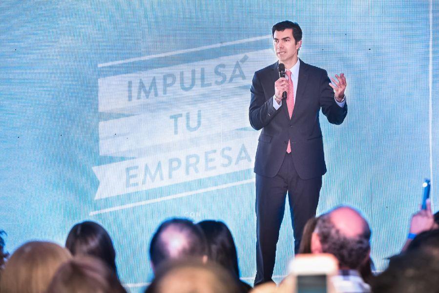 """El gobernador Urtubey abrió la capacitación """"Impulsá tu Empresa"""", iniciativa gratuita de Facebook para emprendedores."""