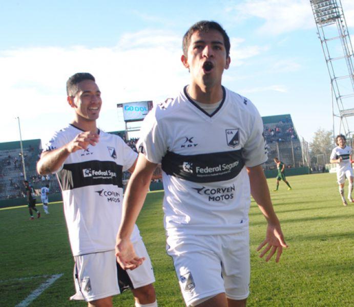 Fabricio Reyes vuelve.