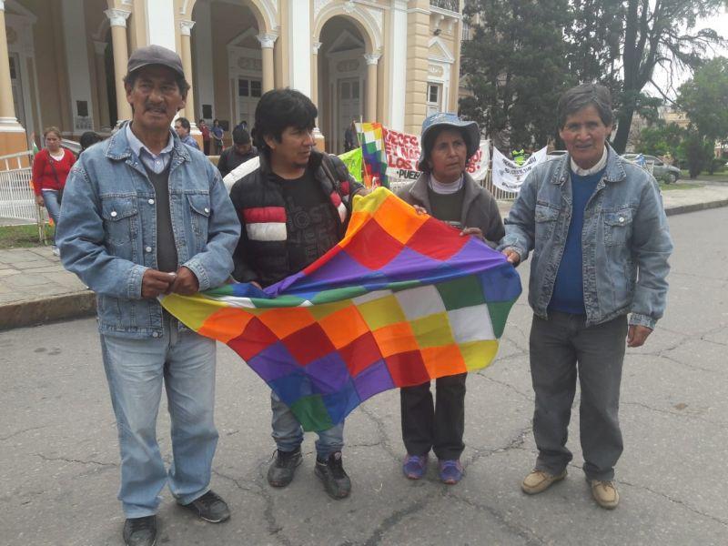 Santos Colque e Irene Martínez del Pueblo Tastil, familia que fue desalojada por orden del juez de Garantías N° 4, Diego Rodríguez Pipino.