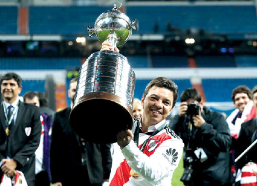 Gallardo igualó el récord de títulos de Ramón Díaz y se convirtió en el primer técnico de River que conquista 2 Libertadores.