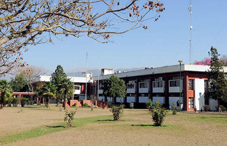 Hoy y mañana no habrá actividad en la Administración Pública Provincial. Los hospitales y centros de salud atenderán con los servicios de guardia.