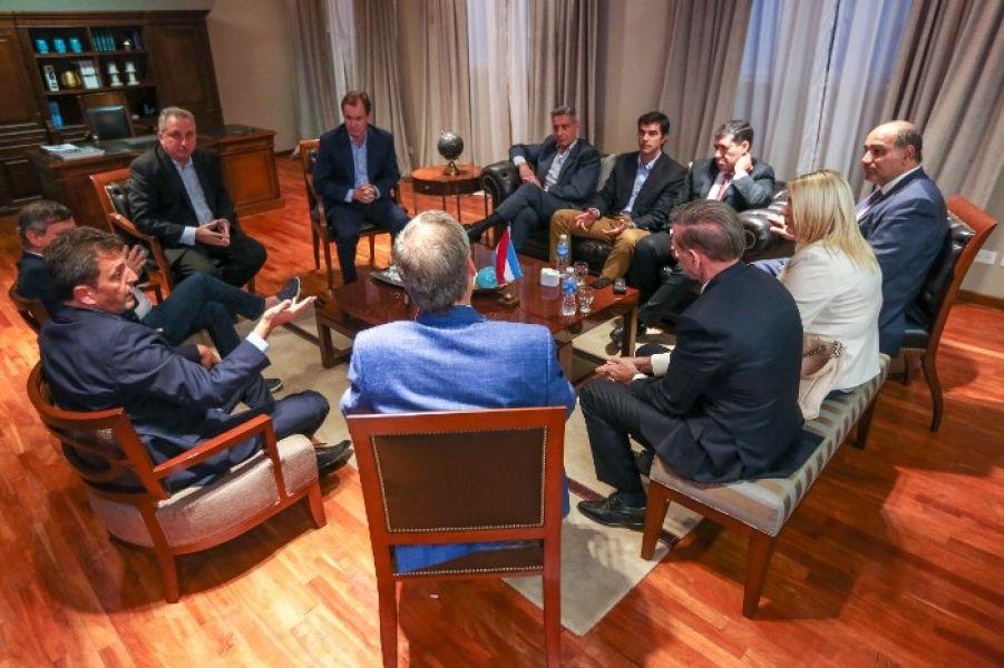 Junto a Urtubey integran Alternativa Federal el dirigente del Frente Renovador Sergio Massa y nueve gobernadores.
