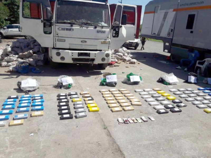 En un nuevo procedimiento se desbarató el paso de droga proveniente desde Bolivia que tenía por destino el sur del país.