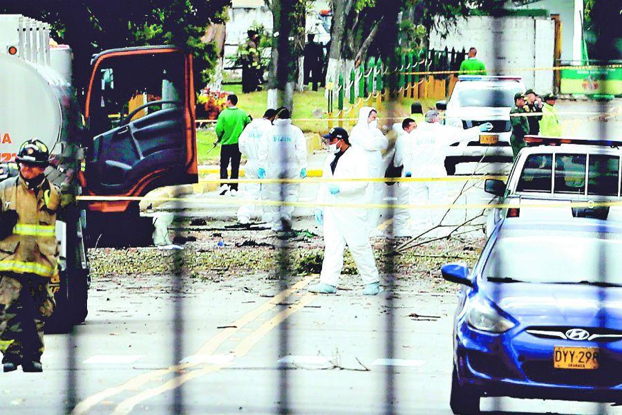 Volvió la incertidumbre y el miedo a Colombia, generado por la explosión en el la escuela de policía.