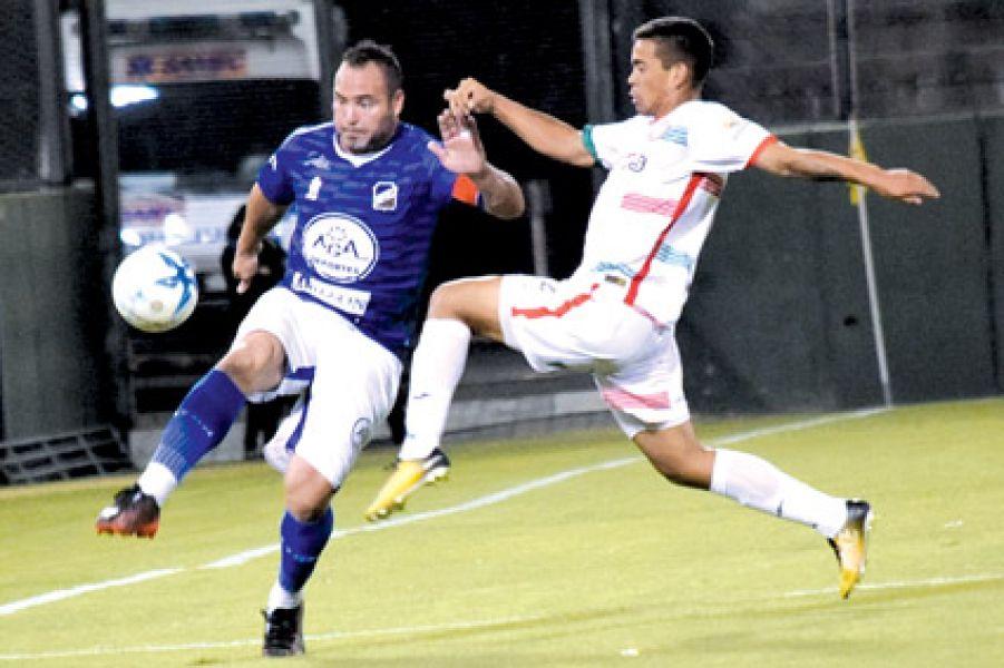 Leandro Zárate no hará su reaparición en el equipo.