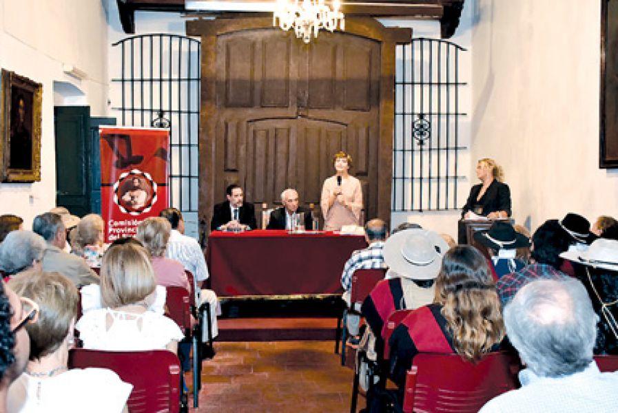 Dos historiadores relataron aspectos económicos durante el gobierno del general salteño y el aporte jujeño para la independencia.