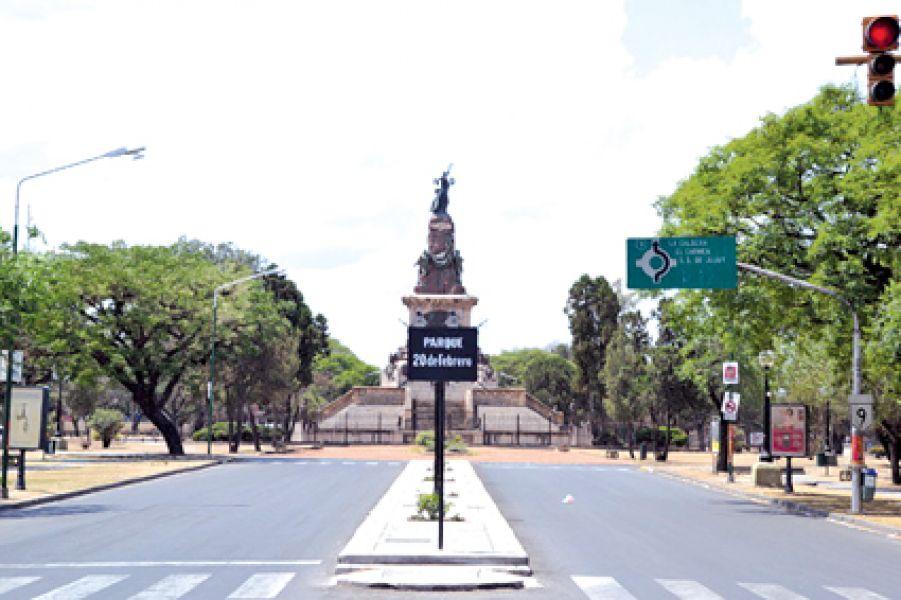 La restricción vehicular será total en zona del monumento 20 de Febrero a partir de las 13 de mañana.