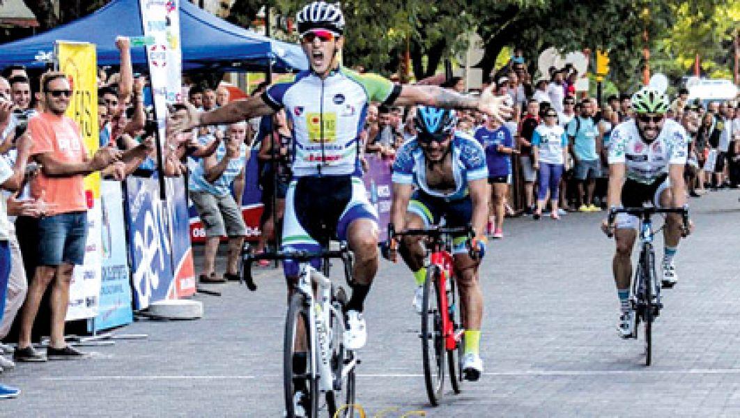 Navarrete se quedó con la 2da. etapa de la Vuelta de Mendoza. En la general, Dani Díaz comparte el segundo lugar con Daniel Zamora de Salta La Linda.