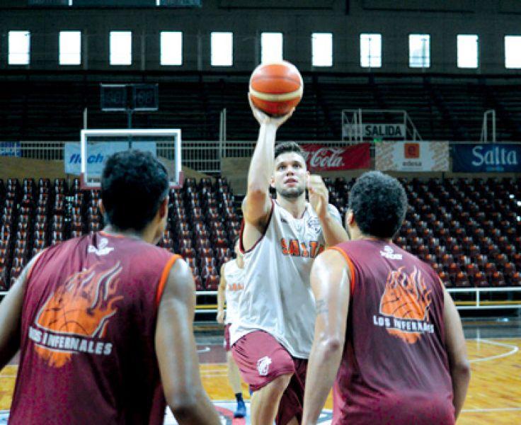 Salta Basket disputa el primer partido de una nueva gira en condición de visitante.