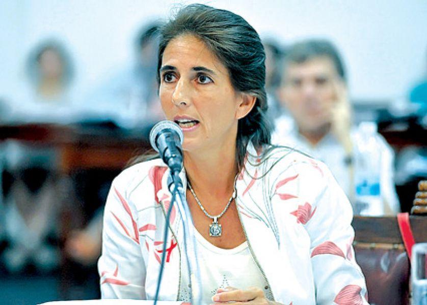 La concejal Socorro Villamayor (PS) fue una de las voces opositoras para cambiar el voto electrónico.