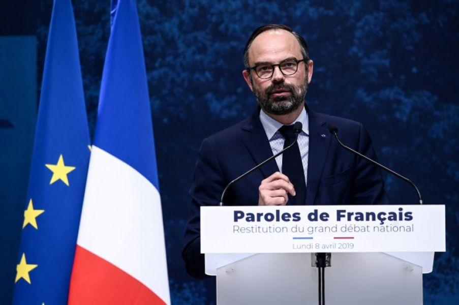 Edouard Philippe habla durante su comparecencia de este lunes 8 de abril en París, para informar de las preocupaciones de los franceses.