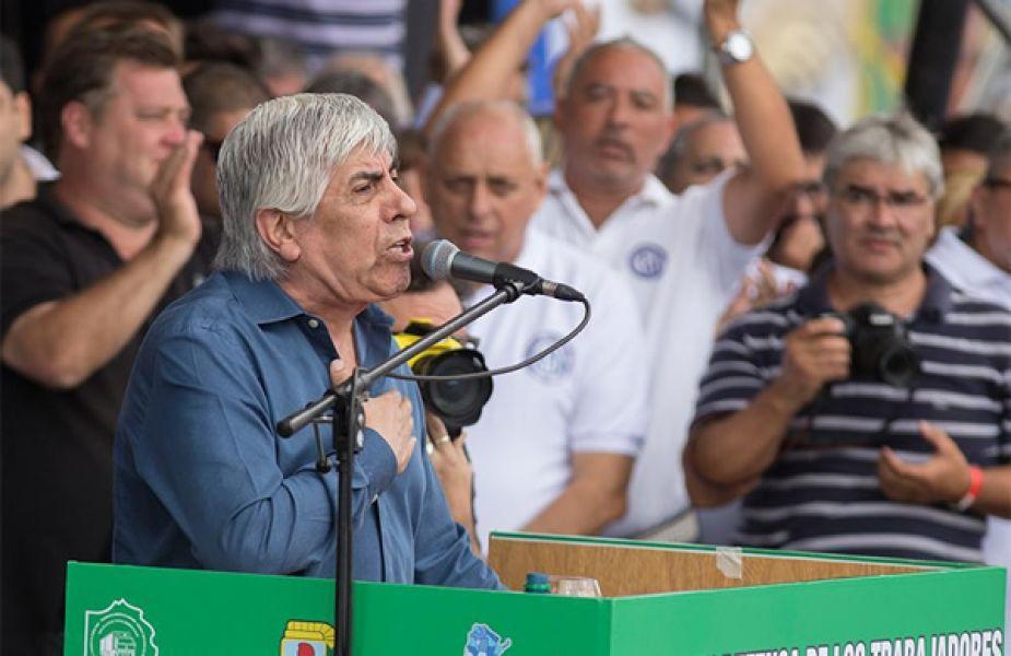 Moyano presentó la demanda a Macri por intermedio de su abogado, Daniel Llermanos, ante el Juzgado Federal número 2 de Lomas de Zamora.