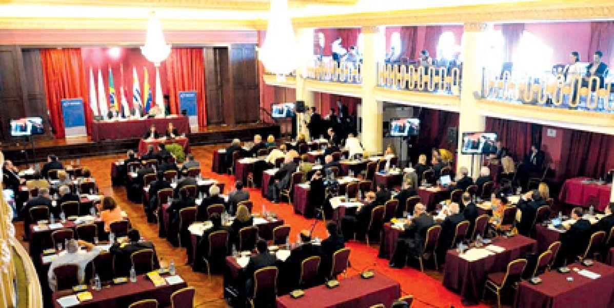 Se procura es consolidar la democracia en el bloque y en la región, principal objetivo estratégico a lograr en 2019.