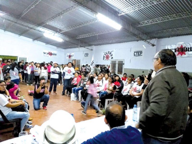 """En el acto en Miguel Ortiz, se remarcó """"cómo afectan las políticas neoliberales esta situación de pobreza y hambre."""