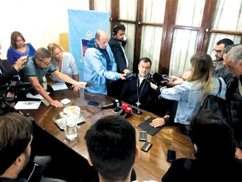 Conferencia de prensa del arzobispo Gabriel Mestre dio detalles de lo actuado en relación a la denuncia de abuso sexual.