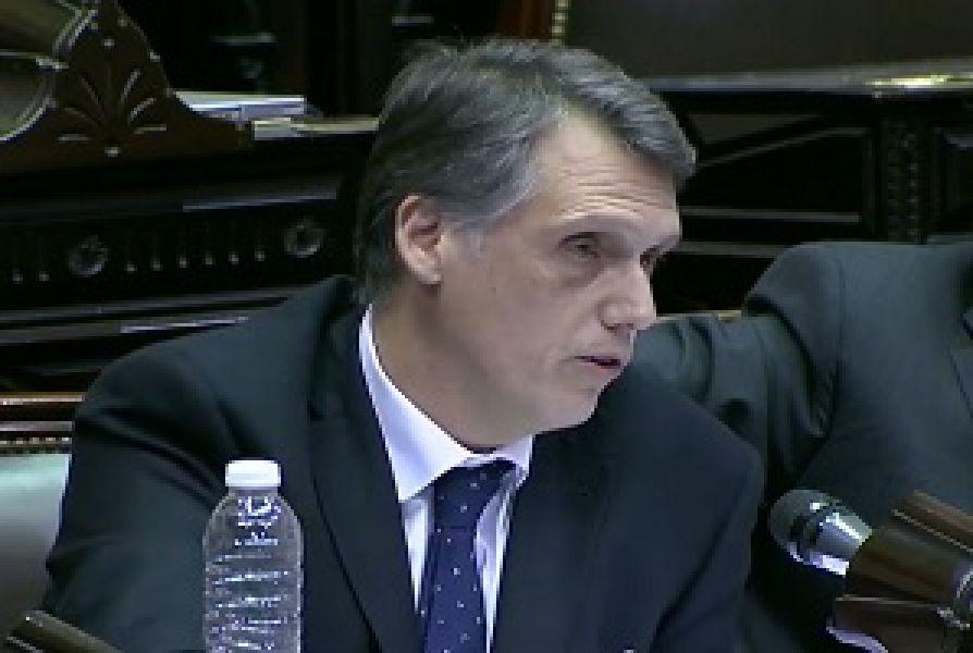 """""""Al gobierno no le está yendo bien en los escenarios provinciales"""", sostuvo Pablo Kosiner en el Congreso frente a Marcos Peña."""